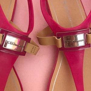 BCBGeneration Shoes - Pink BCBGeneration rubber sandals